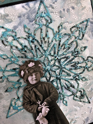 Sara Emily Barker Wintry Mixed Media Cards https://sarascloset1.blogspot.com/2019/01/wintry-mixed-media-cards-for-frilly-and.html #timholtz #sizzixalterations #iceflake #flurry1 4