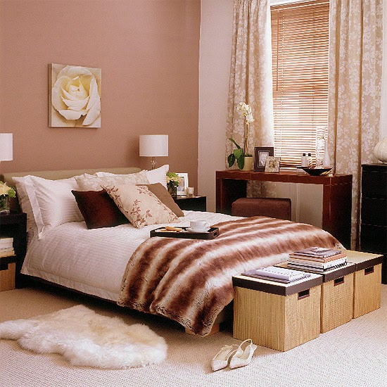New Home Designs Latest October 2011: New Home Interior Design: Sweet Traditional Bedroom