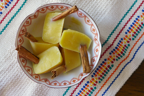 Rompope Pops (#SummerOfThePopsicle Guest Post: Nibbles & Feasts) | www.girlichef.com