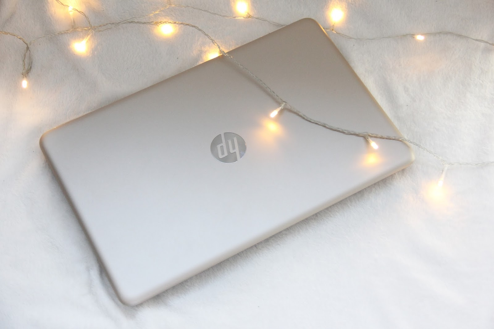 HP Pavilion Laptop in Gold.