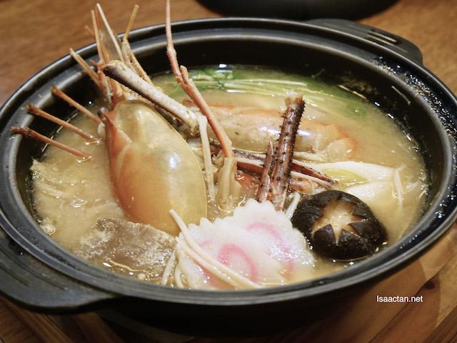 Refreshing seafood dish