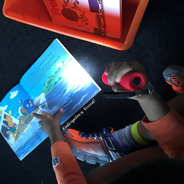 Flashlight Friday is a great and simple way to engage the readers in your classroom.  I use this with my kindergarten students and they absolutely love this special activity during reading time!