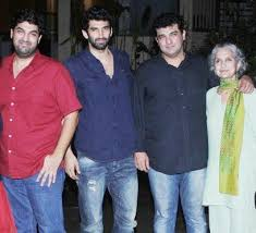 Aditya Roy Kapur Family Wife Son Daughter Father Mother Marriage Photos Biography Profile