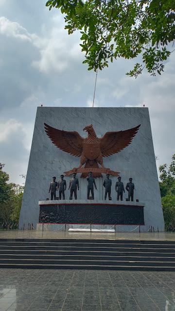 monumen pancasila sakti lubang buaya cipayung pondok gede jakarta timur