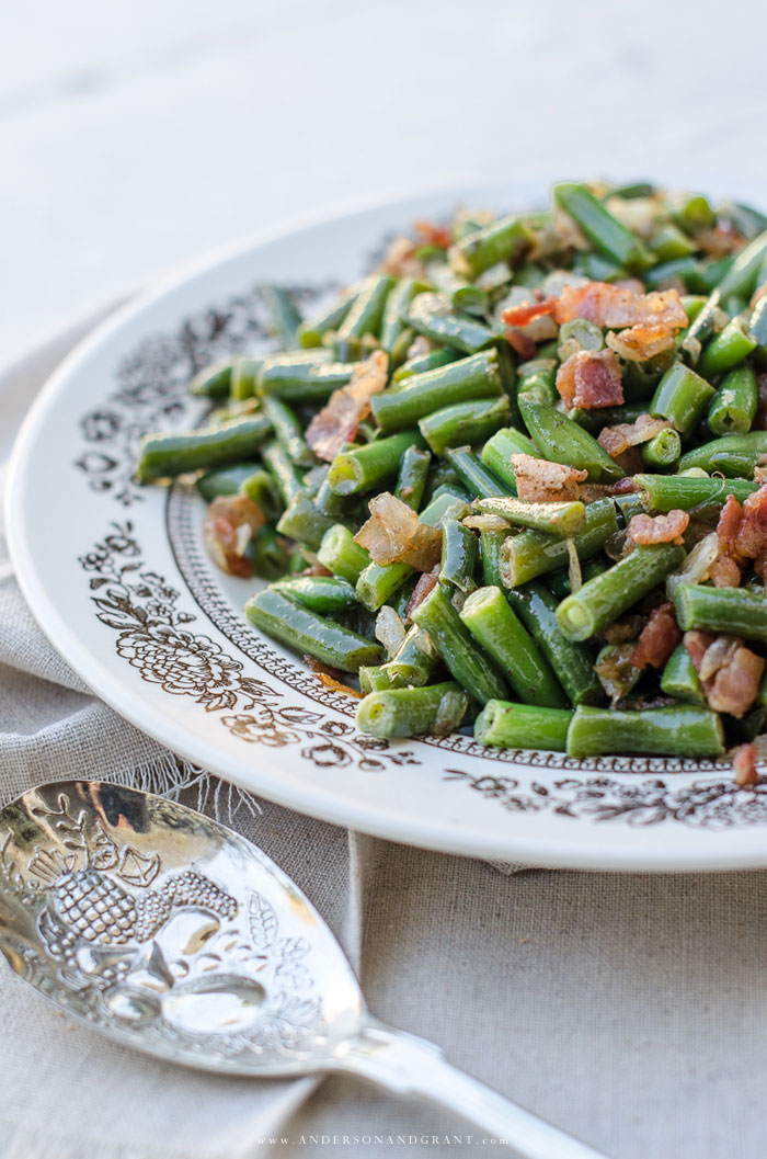 Bacon and onion green beans...the perfect side dish for Sunday dinner.  #SideDish #vegetables #recipes #andersonandgrant