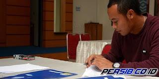 Pemain Persib Bandung Resmi Tanda Tangan Kontrak