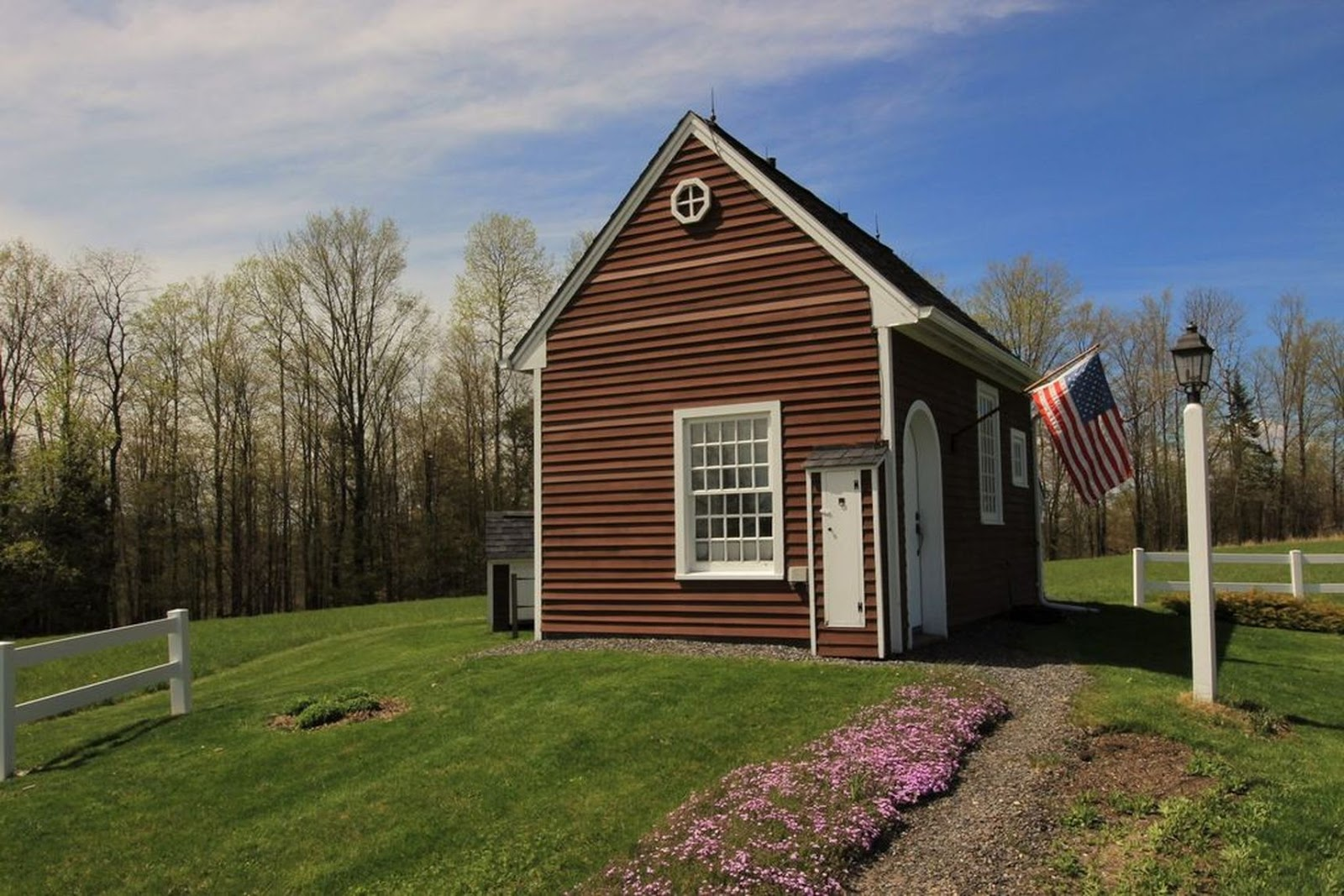 TINY HOUSE TOWN: Vermont Tiny House With 10 Acres