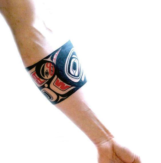 tatuaje haida para mujer