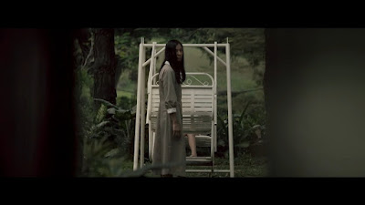 Nonton Film Horor Terbaru Danur : I Can See Ghost 2017 ...