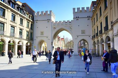 Karlstor - Brama Karola