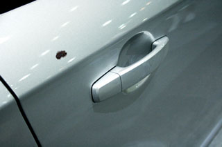 How To Use A Touch Up Paint Pen To Repair Car Paint