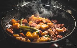 Cara Mengawetkan,Menyimpan Dan Menyajikan Makanan Kembali