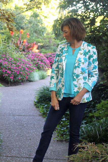Mood Fabrics' floral pique jacket using Mimi G's Simplicity pattern 1167