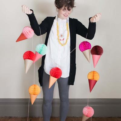 Faça Você Mesma, DIY, Decoração com Papel, Pompons de Papel, Blog Achados de Decoração