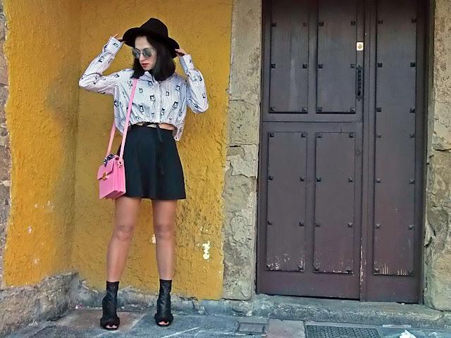 fashion, moda, look, outfit, blog, blogger, walking, penny, lane, streetstyle, style, estilo, trendy, rock, boho, chic, cool, casual, ropa, cloth, garment, inspiration, fashionblogger, art, photo, photograph, Avilés, asturias, zara, shoes, skater, cat, stripes