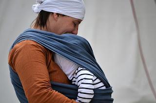 Fular, porteo, qué son? Semana Internacional de la Crianza en Brazos 2011