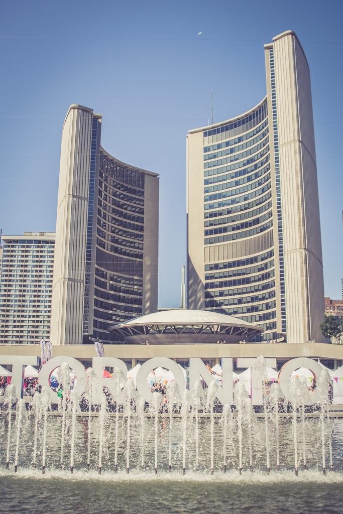 Najlepsze miejsca w Toronto do podłączenia