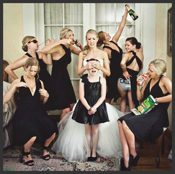 Once Upon A Wedding: ♥ Bride & Bridesmaid Photo Shoot Ideas