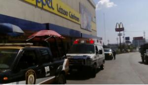 """En Xalapa asaltan tienda """"Coppel"""" de la avenida Lázaro Cárdenas"""