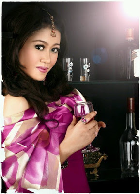 Lilin Herlina Dangdut Romantika