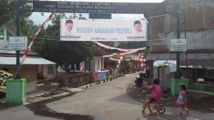 Desa Tanpa Rokok Tasikmalaya - Jangan Coba Merokok, Kamu Bisa Digunduli di Tempat