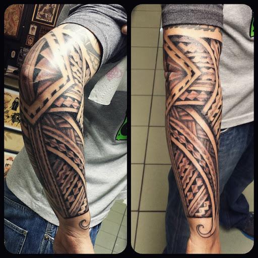 Este multi-nível samoan tatuagem tribal