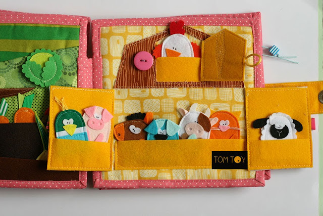 Dollhouse for Alex, Quiet book by TomToy Ola Loginova