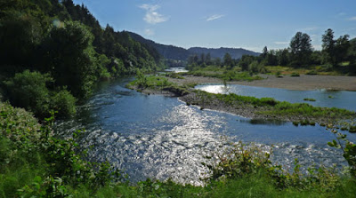 South Umpqua River, On the River Golf and RV Resort