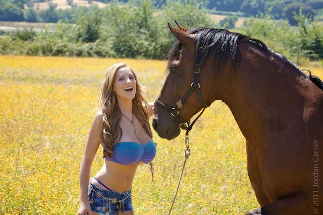 jordan-carver-quarter-horse-best-hot-photoshoot-sexy-image-in-hd-23