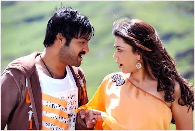 Latest Stills: Baadshah Telugu movie starer Jr. NTR and Kajal Agarwal
