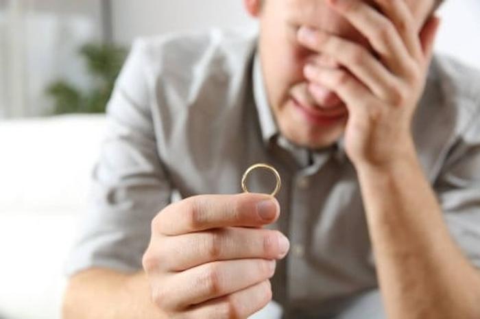 Después de 35 años de casado y 9 hijos, descubrió que era estéril