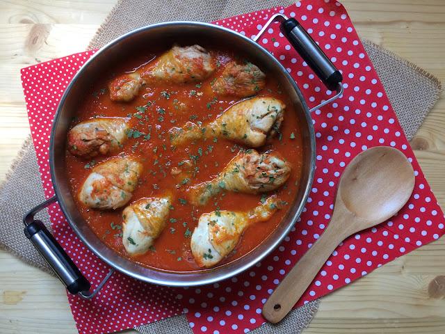 pollo en salsa de tomate receta