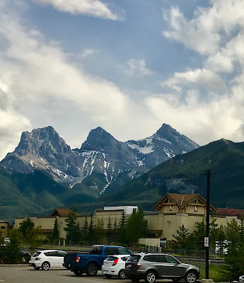 3 sisters, Canmore
