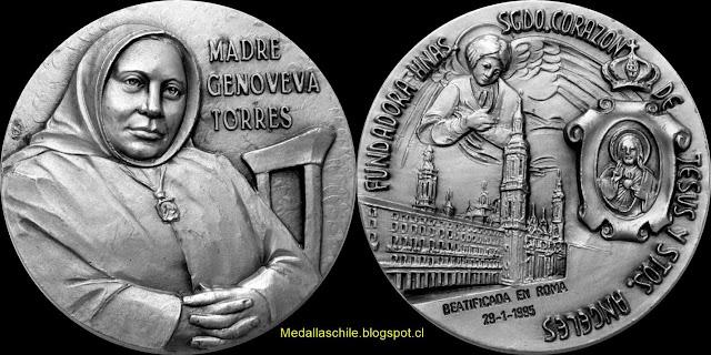 Medalla Genoveva Torres Morales