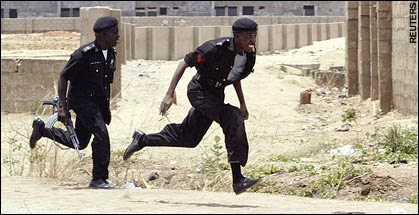 Say What! Policeman Flees After Mistaking Eboka For Ebola