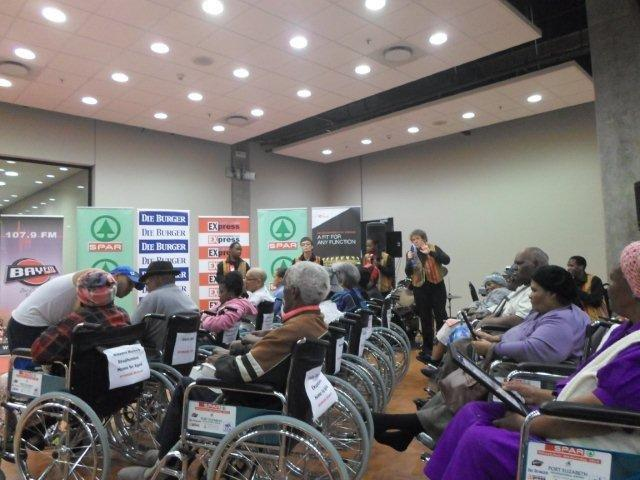 Presentation of the donations to the Persons with Physical Disabilities - Hollywoodbets Korsten - Social Responsibility