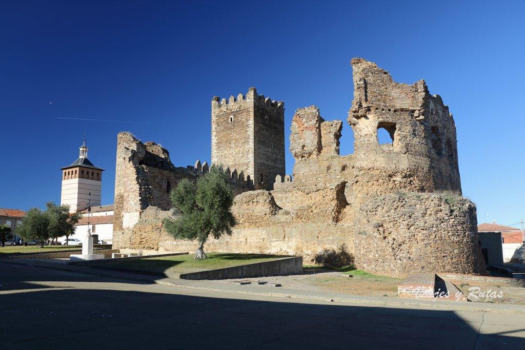 Castillo de Laguna de Negrillos, León