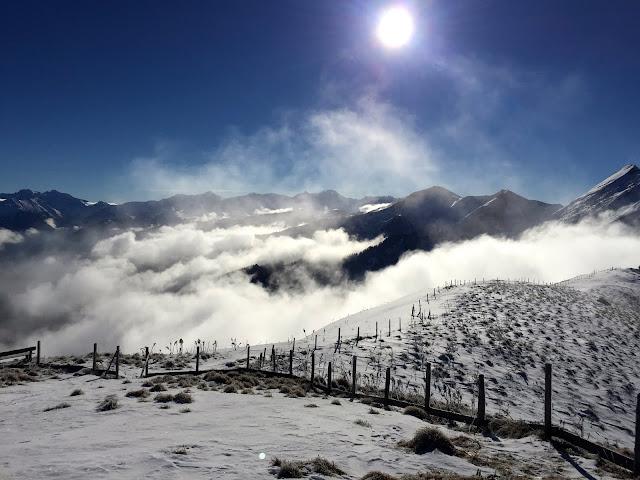Nebel ... und ... Schnee © diekremserin on the go
