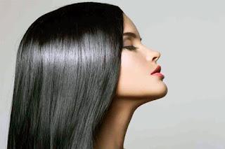 Vazelinin Saça Faydaları
