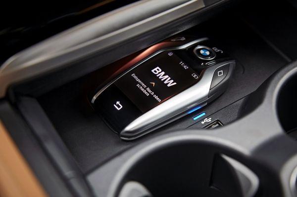 All New BMW 5 Series Estate 2018 Interior Key Photos