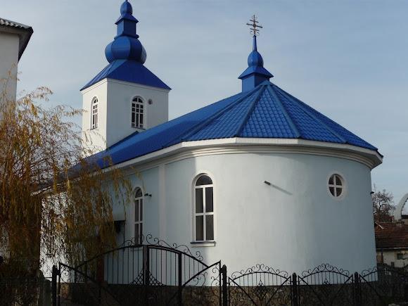Голубиное. Церковь Успения Пресвятой Богородицы. УГКЦ