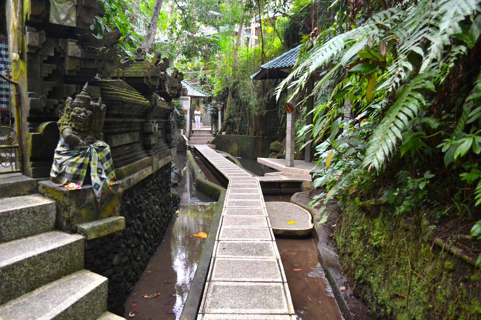 Masaje balines en Taksu Garden Spa Ubud, Bali