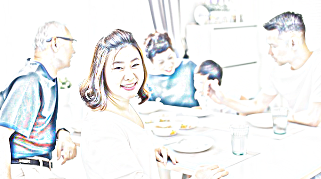 Tinggal Serumah Dengan Mertua! Inilah Tips Menjadi Menantu Kesayangan