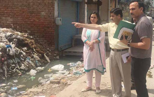 sonal-goel-ias-inspection-in-city-faridabad