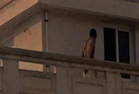Θρίλερ στα Χανιά: Άνδρας απειλούσε να πέσει από την ταράτσα! Η 12ωρη επιχείρηση της αστυνομίας