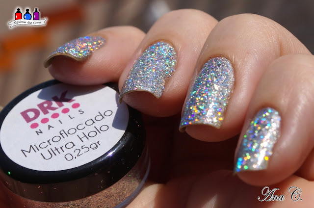 drk nails, microflocado ultra holo