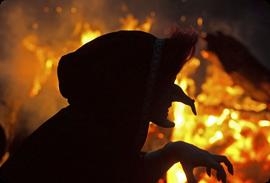 Calendario Mágico: Noche de Walburga de 30 abril