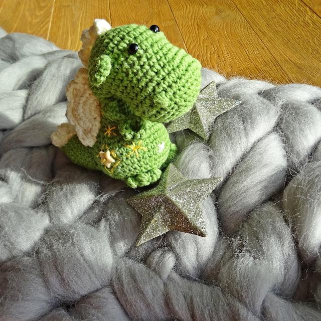 Mały zielony smoczek