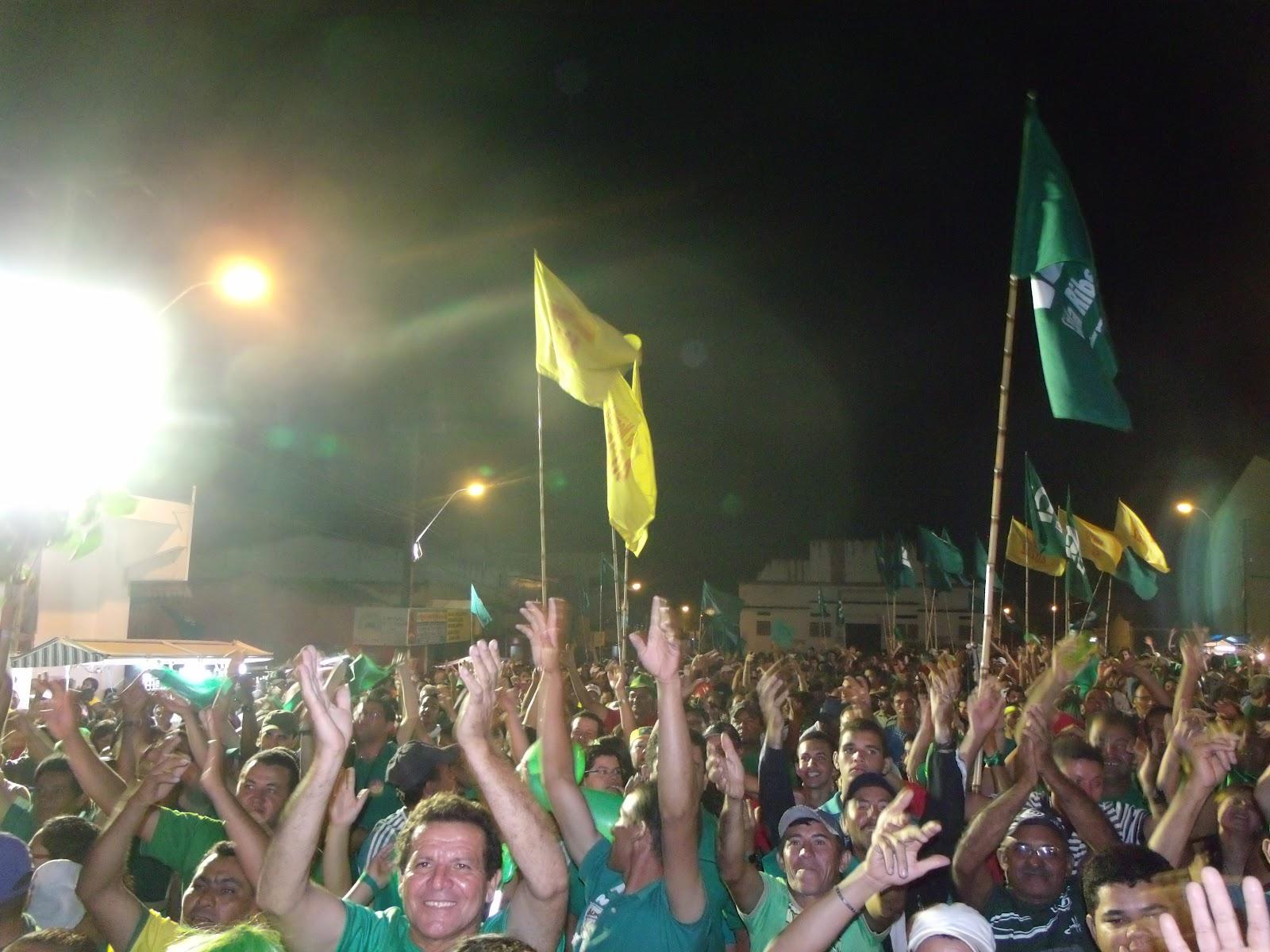 Os Amigos Da Onça: Santo Antônio/RN: Bacuraus Fazem Festa