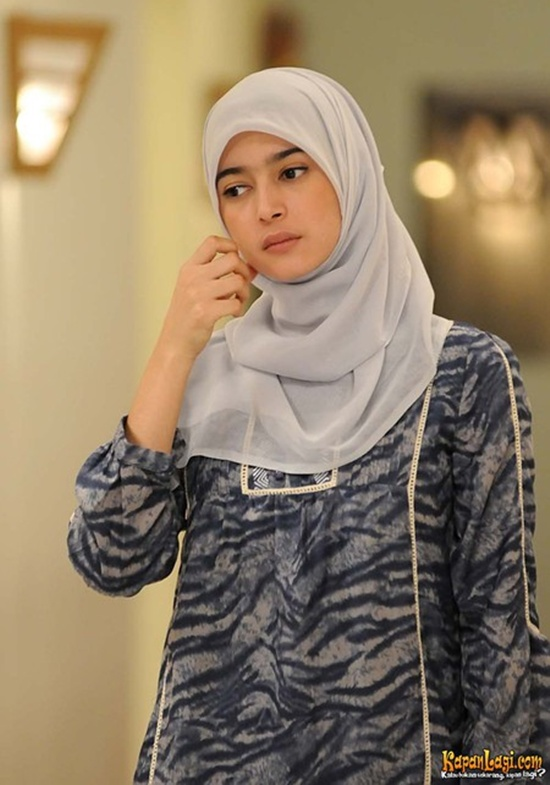 Beautiful Girl Hijab Wallpaper Nabila Syakieb 14 Photo Photo Photo Artis Cantik